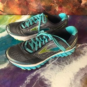 Brooks Ghost Women's running athletic shoes
